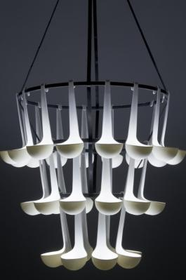 elise_gabriel_ursule_hanging_lamp_in_porcelain_and_led_10-207-810-810.jpg